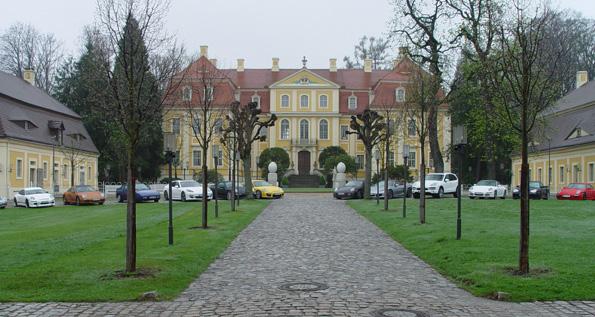 Porsche zentrum dresden porsche club dresden for Dresden hotel zentrum